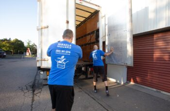 Early morning Professional moving team Toronto GTA