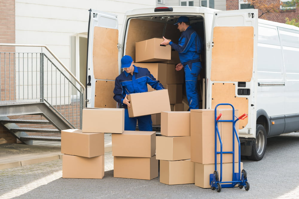 How to hire a professional moving company